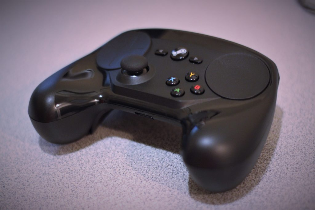 Steam Controller Angle 2
